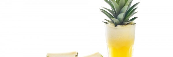Detox diet, Detox water, pineapple juice with raw pineapple